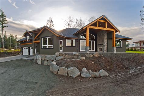 Saltair Custom Home with Detached Carriage house - Custom