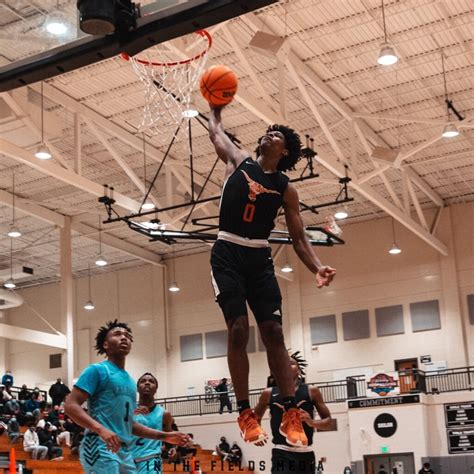 Scoota Henderson leads Kell over Lake Norman 88-77 during