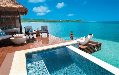 Cheap Overwater Bungalows Easy To Get To From U