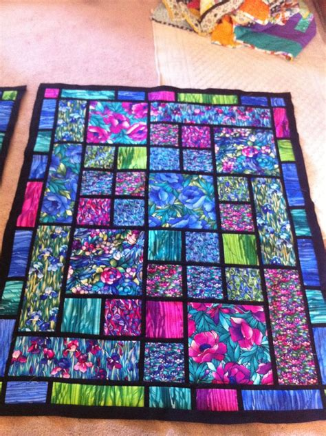 117 best STAINED GLASS QUILTS images on Pinterest