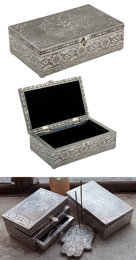Silver Om Gift Box > Jewellery Boxes, Bags & Organisers