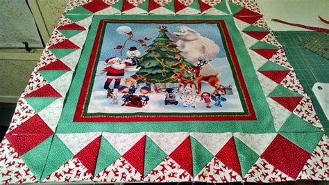 Pin by Karen Hajdik on Quilts Table Runners/ Wall Hangings