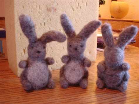 8 Artistic Needle Felted Bunny Tutorials | Guide Patterns