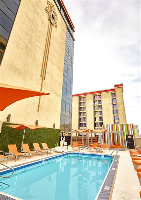 Fremont Hotel & Casino Rooftop Swimming Pool - Fremont