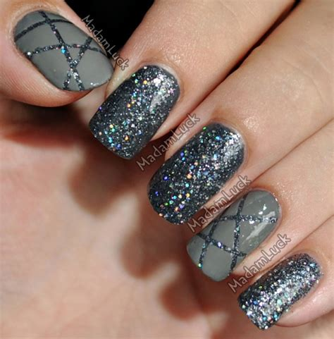 16 Grey Nail Designs To Try This Winter